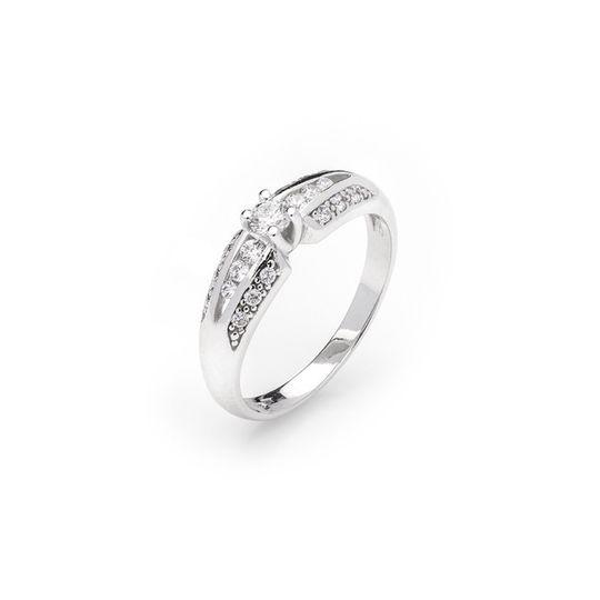 Dámsky zásnubný prsteň so syntetickými zirkónmi